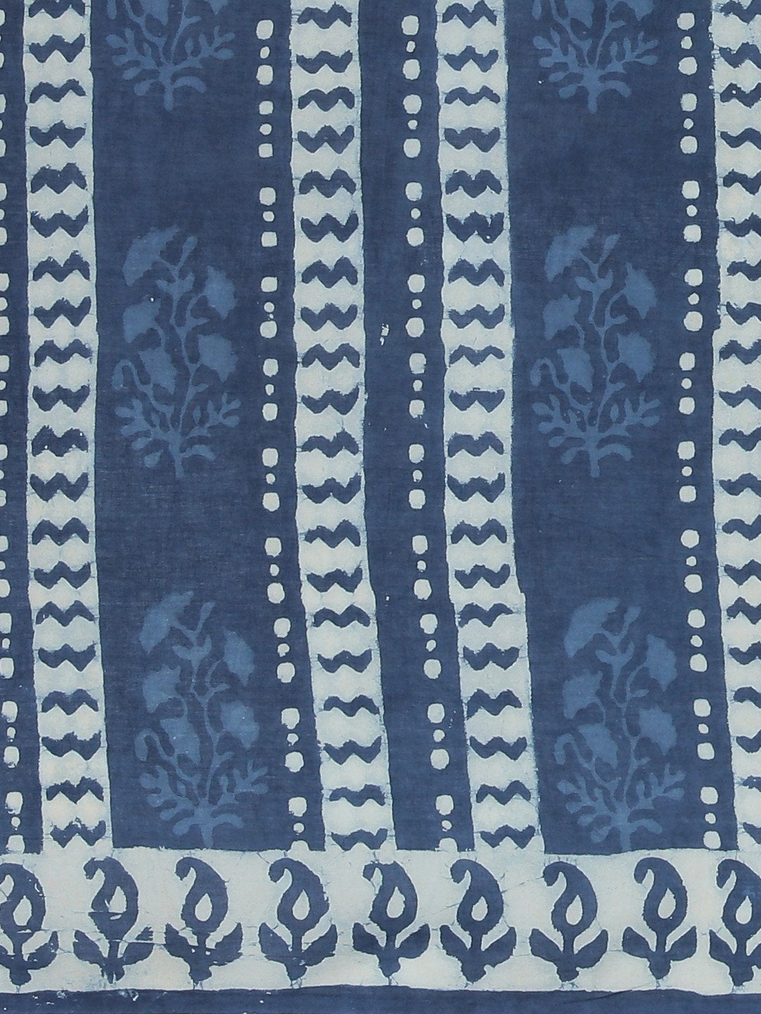 Blue White Dabu Handblock Print Bagru Saree-Saree-Kalakari India-BHKPSA0096-Cotton, Dabu, Geographical Indication, Hand Blocks, Hand Crafted, Heritage Prints, Indigo, Natural Dyes, Sarees, Sustainable Fabrics-[Linen,Ethnic,wear,Fashionista,Handloom,Handicraft,Indigo,blockprint,block,print,Cotton,Chanderi,Blue, latest,classy,party,bollywood,trendy,summer,style,traditional,formal,elegant,unique,style,hand,block,print, dabu,booti,gift,present,glamorous,affordable,collectible,Sari,Saree,printed, hol