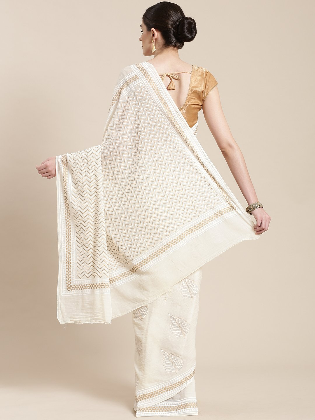 Off-White & Golden Handblock Print Saree-Saree-Kalakari India-HUPASA0006-Cotton, Geographical Indication, Hand Blocks, Hand Crafted, Heritage Prints, Sarees, Sustainable Fabrics-[Linen,Ethnic,wear,Fashionista,Handloom,Handicraft,Indigo,blockprint,block,print,Cotton,Chanderi,Blue, latest,classy,party,bollywood,trendy,summer,style,traditional,formal,elegant,unique,style,hand,block,print, dabu,booti,gift,present,glamorous,affordable,collectible,Sari,Saree,printed, holi, Diwali, birthday, anniversar
