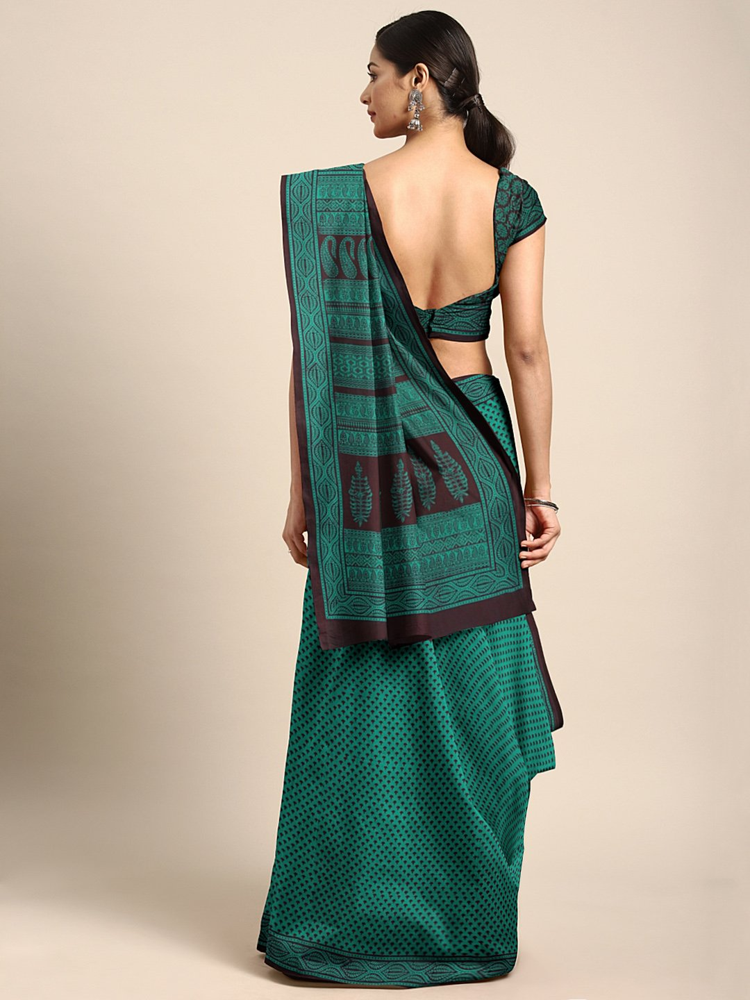 Green Black Pure Cotton Handblock Print Bagh Saree-Saree-Kalakari India-MRBASA0003-Bagh, Cotton, Geographical Indication, Hand Blocks, Hand Crafted, Heritage Prints, Natural Dyes, Sarees, Sustainable Fabrics-[Linen,Ethnic,wear,Fashionista,Handloom,Handicraft,Indigo,blockprint,block,print,Cotton,Chanderi,Blue, latest,classy,party,bollywood,trendy,summer,style,traditional,formal,elegant,unique,style,hand,block,print, dabu,booti,gift,present,glamorous,affordable,collectible,Sari,Saree,printed, holi