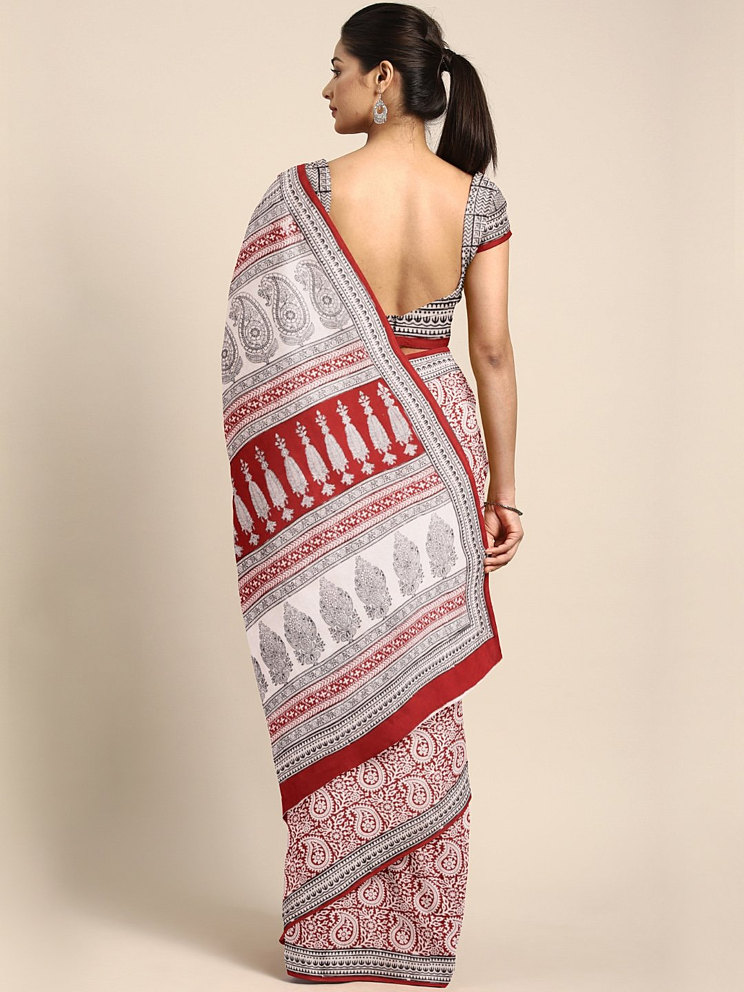 Off-White Red Printed Saree-Saree-Kalakari India-MYBASA0009-Bagh, Cotton, Geographical Indication, Hand Blocks, Hand Crafted, Heritage Prints, Natural Dyes, Sarees, Sustainable Fabrics-[Linen,Ethnic,wear,Fashionista,Handloom,Handicraft,Indigo,blockprint,block,print,Cotton,Chanderi,Blue, latest,classy,party,bollywood,trendy,summer,style,traditional,formal,elegant,unique,style,hand,block,print, dabu,booti,gift,present,glamorous,affordable,collectible,Sari,Saree,printed, holi, Diwali, birthday, ann