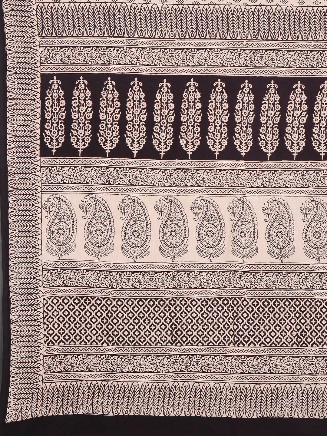 Off-White Black Handblock Print Bagh Saree-Saree-Kalakari India-MYBASA0010-Bagh, Cotton, Geographical Indication, Hand Blocks, Hand Crafted, Heritage Prints, Natural Dyes, Sarees, Sustainable Fabrics-[Linen,Ethnic,wear,Fashionista,Handloom,Handicraft,Indigo,blockprint,block,print,Cotton,Chanderi,Blue, latest,classy,party,bollywood,trendy,summer,style,traditional,formal,elegant,unique,style,hand,block,print, dabu,booti,gift,present,glamorous,affordable,collectible,Sari,Saree,printed, holi, Diwali