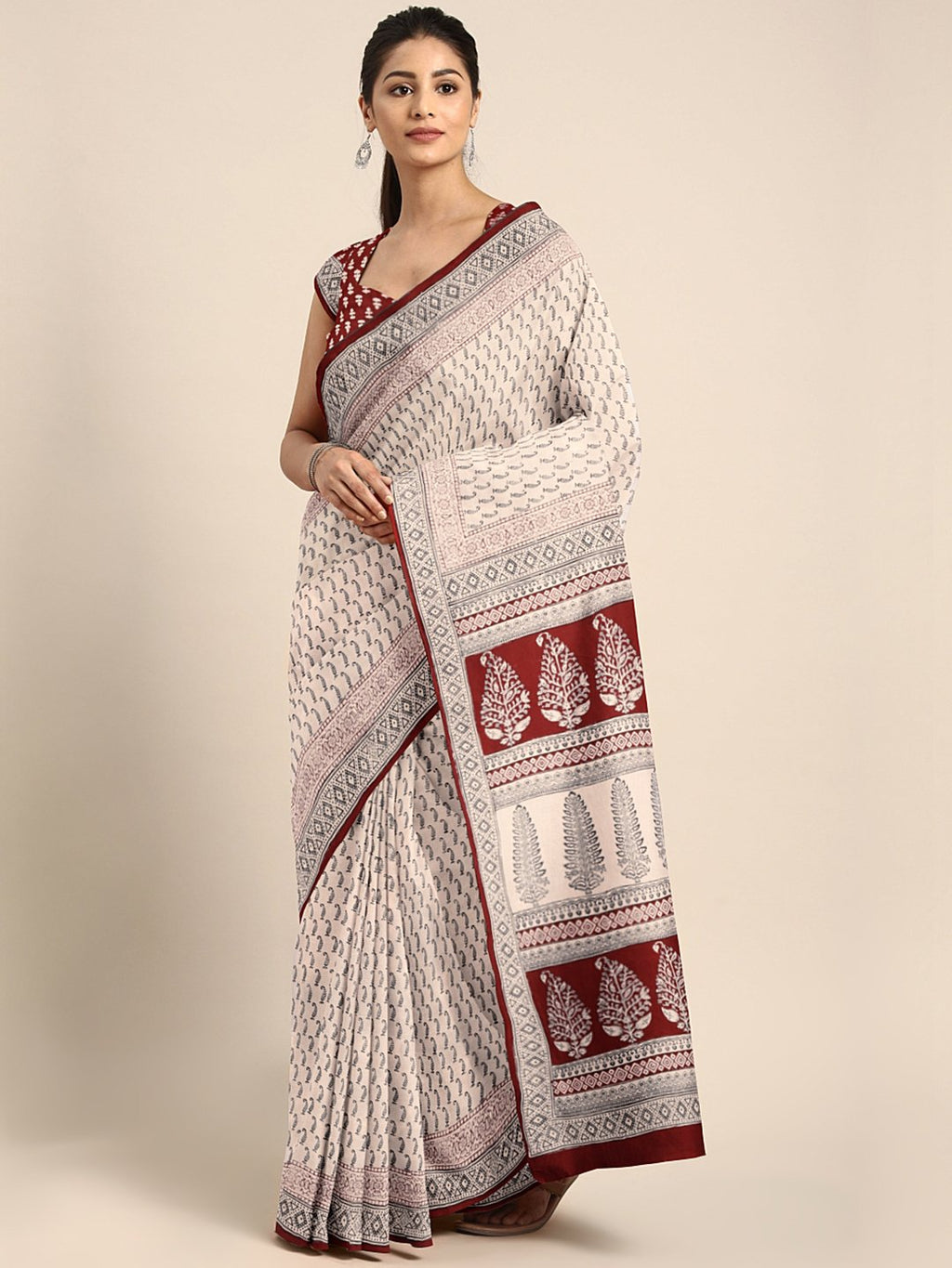 Off-White Black Handblock Print Saree-Saree-Kalakari India-MYBASA0022-Bagh, Cotton, Geographical Indication, Hand Blocks, Hand Crafted, Heritage Prints, Natural Dyes, Sarees, Sustainable Fabrics-[Linen,Ethnic,wear,Fashionista,Handloom,Handicraft,Indigo,blockprint,block,print,Cotton,Chanderi,Blue, latest,classy,party,bollywood,trendy,summer,style,traditional,formal,elegant,unique,style,hand,block,print, dabu,booti,gift,present,glamorous,affordable,collectible,Sari,Saree,printed, holi, Diwali, bir