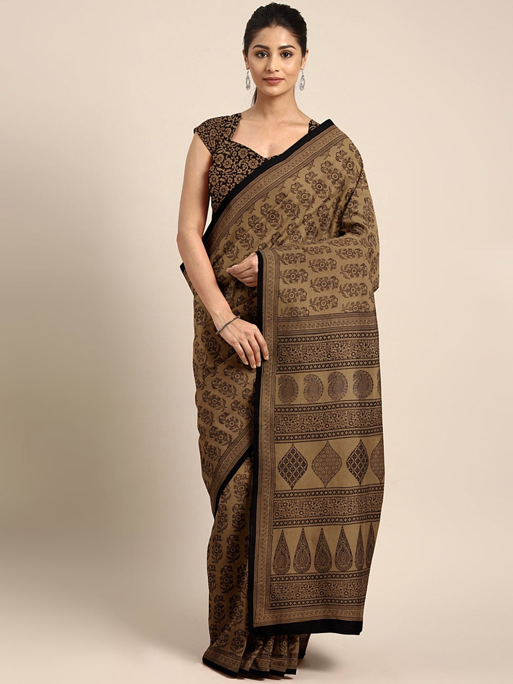 Brown Black Handblock Print Saree-Saree-Kalakari India-MYBASA0025-Bagh, Cotton, Geographical Indication, Hand Blocks, Hand Crafted, Heritage Prints, Natural Dyes, Sarees, Sustainable Fabrics-[Linen,Ethnic,wear,Fashionista,Handloom,Handicraft,Indigo,blockprint,block,print,Cotton,Chanderi,Blue, latest,classy,party,bollywood,trendy,summer,style,traditional,formal,elegant,unique,style,hand,block,print, dabu,booti,gift,present,glamorous,affordable,collectible,Sari,Saree,printed, holi, Diwali, birthda
