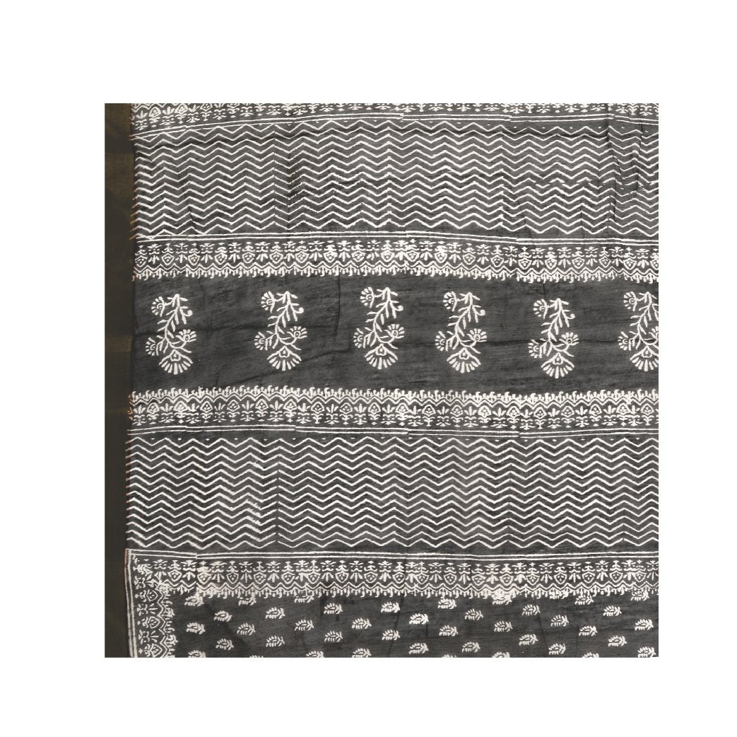 Charcoal Grey Sanganeri Block Print Cotton & Supernet Ttraditional Handcrafted Saree-Saree-Kalakari India-RDSNSA0023-Geographical Indication, Hand Blocks, Hand Crafted, Heritage Prints, Kota Doria, Sanganeri, Sarees, Sustainable Fabrics-[Linen,Ethnic,wear,Fashionista,Handloom,Handicraft,Indigo,blockprint,block,print,Cotton,Chanderi,Blue, latest,classy,party,bollywood,trendy,summer,style,traditional,formal,elegant,unique,style,hand,block,print, dabu,booti,gift,present,glamorous,affordable,collect