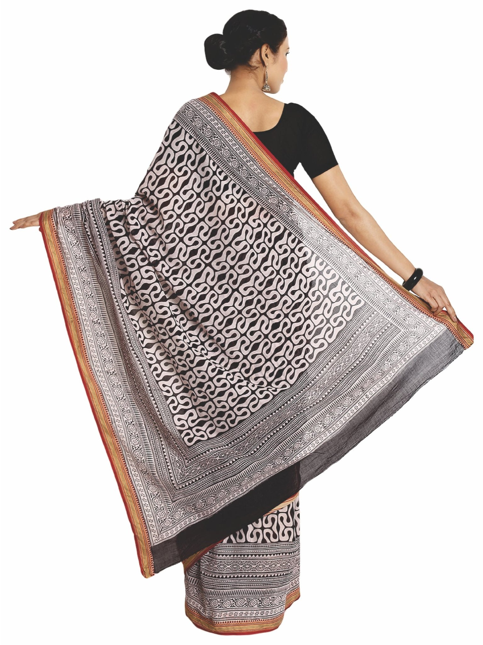 Off-White & Black Cotton Hand Block Bagh Print Handcrafted Saree-Saree-Kalakari India-ZIBASA0043-Bagh, Cotton, Geographical Indication, Hand Blocks, Hand Crafted, Heritage Prints, Natural Dyes, Sarees, Sustainable Fabrics-[Linen,Ethnic,wear,Fashionista,Handloom,Handicraft,Indigo,blockprint,block,print,Cotton,Chanderi,Blue, latest,classy,party,bollywood,trendy,summer,style,traditional,formal,elegant,unique,style,hand,block,print, dabu,booti,gift,present,glamorous,affordable,collectible,Sari,Saree