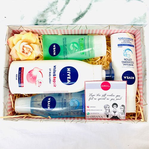 Nivea Pamper Yourself Gift Set - 4 pcs Luxury Collection (Customisable)