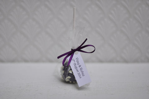 Send Us Your Tags and We Will Attach Them to Your Wedding Favours