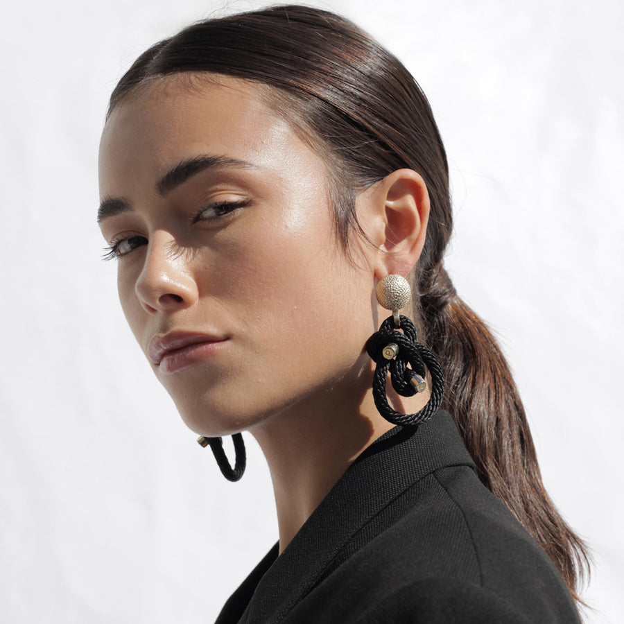 Pichulik | Shimenawa Earrings Black