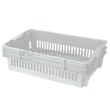 Load image into Gallery viewer, 26L Stackable And Nesting Vented Crate Base Natural