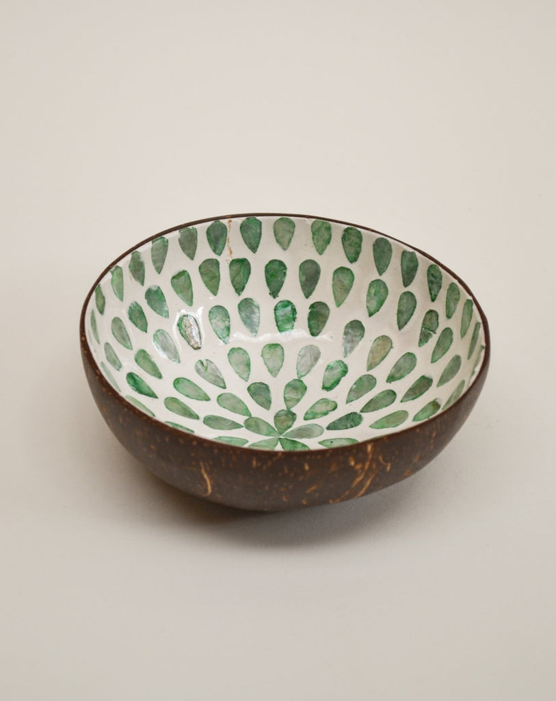 Green flower coconut bowl