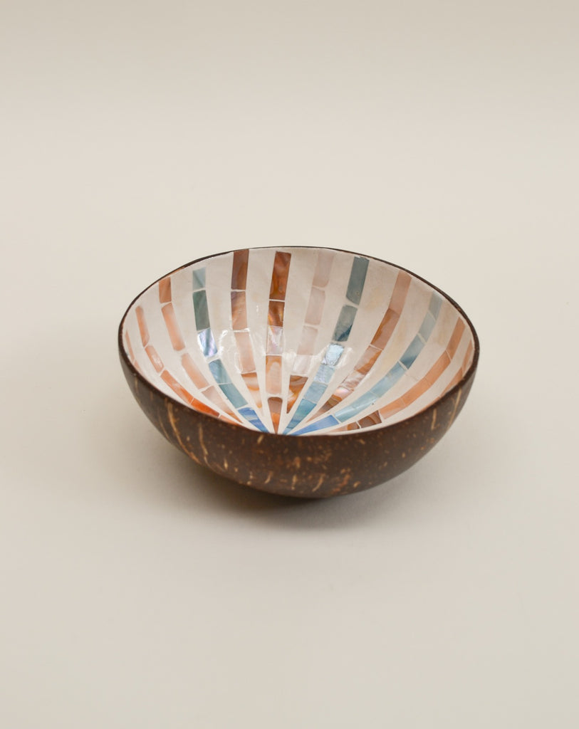 Mosaic star coconut bowl