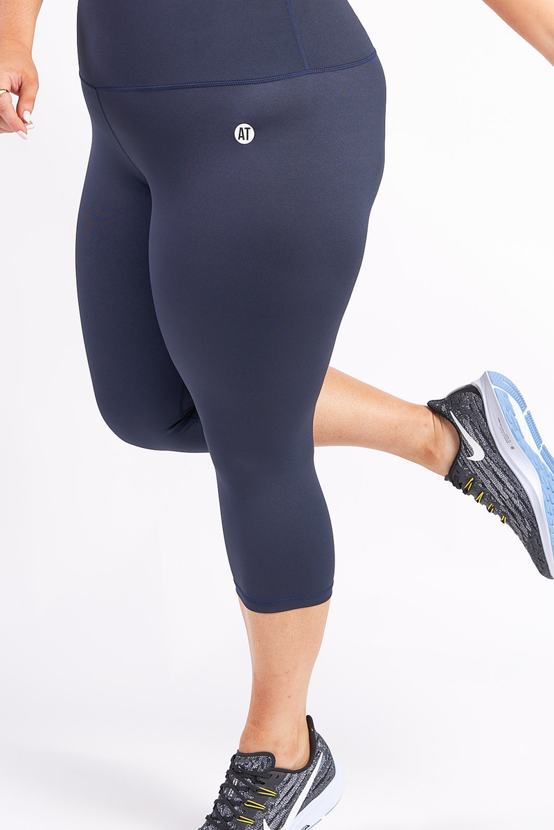 3_4-length-gym-tights-midnight-plussize-side