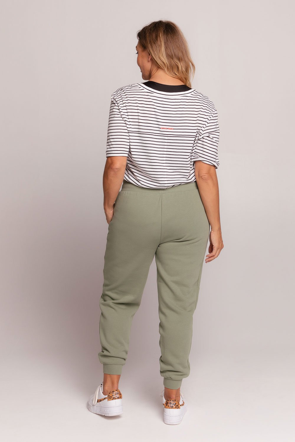 drawstring-trackpant-khaki-large-back