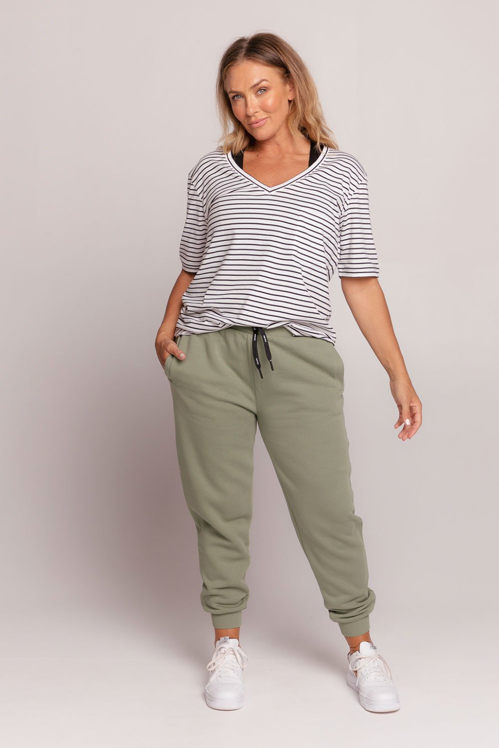 drawstring-trackpant-khaki-large-front
