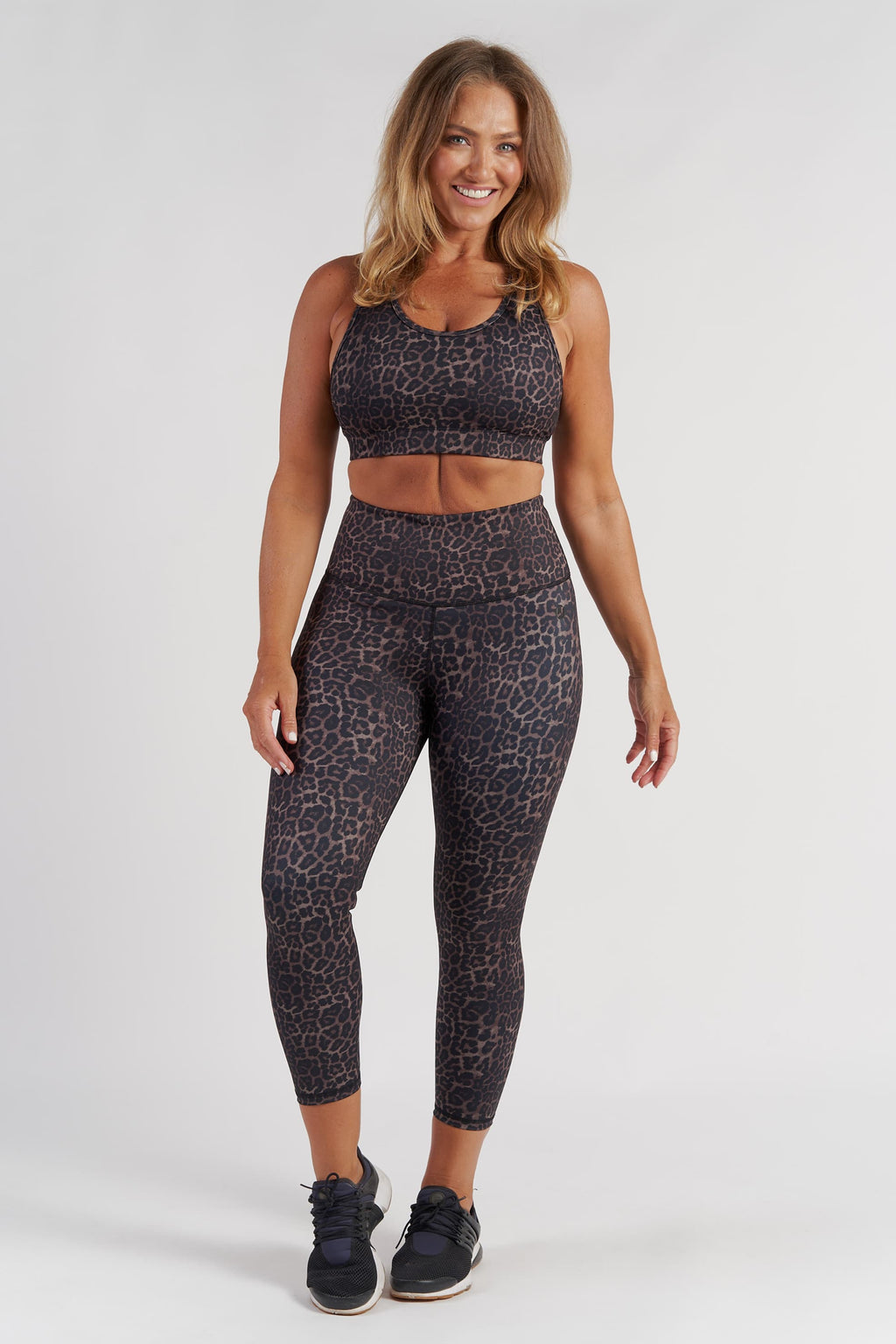Ultimate Crop - Bronze Leopard from Active Truth USA
