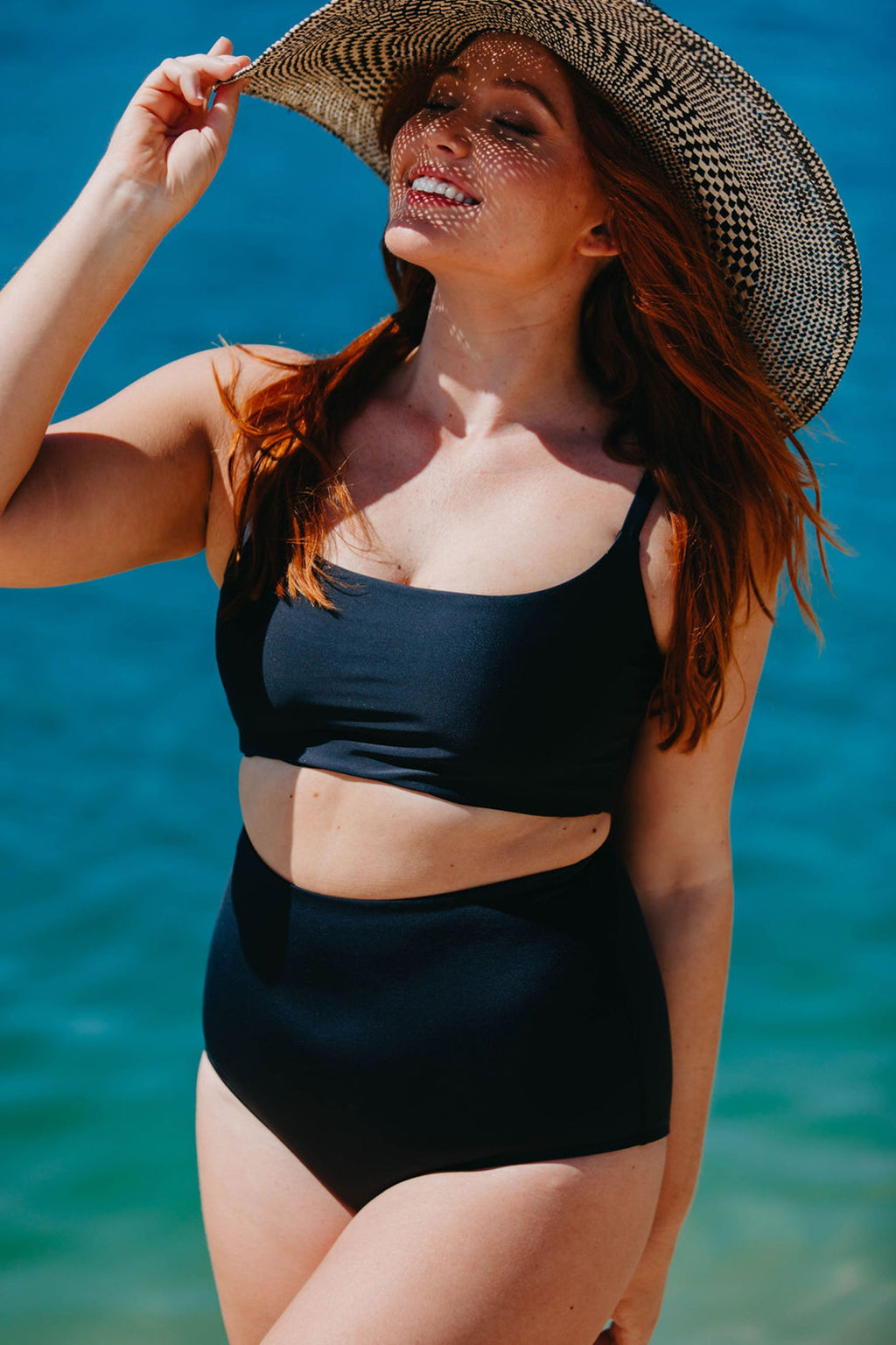 Bondi Crop - Black from Active Truth USA