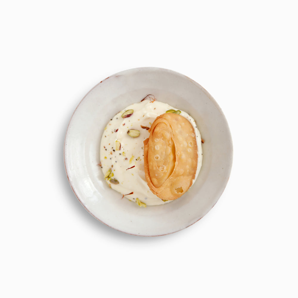 Load image into Gallery viewer, Sweet - Shrikhand & Puri