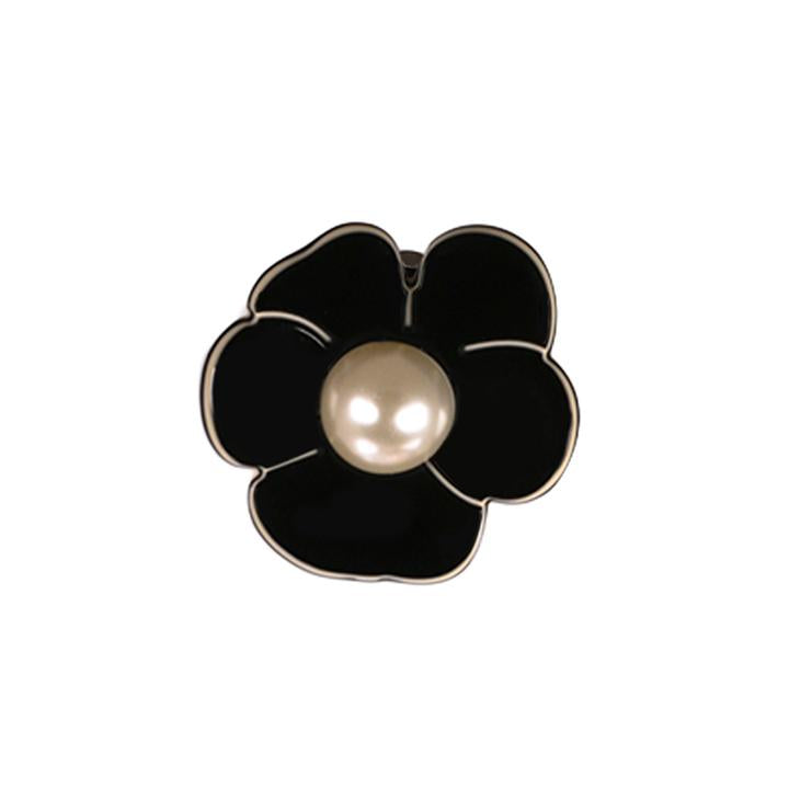 Paris Mode - Pearl Camellia Clip on Earrings