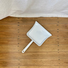 Load image into Gallery viewer, Enamel Dustpan / Made in Austria