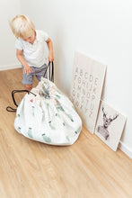 Lade das Bild in den Galerie-Viewer, Trainmap/ Bears Toy Storage Bag