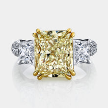 Load image into Gallery viewer, 6 ct Fancy Yellow Radiant Cut Diamond Ring