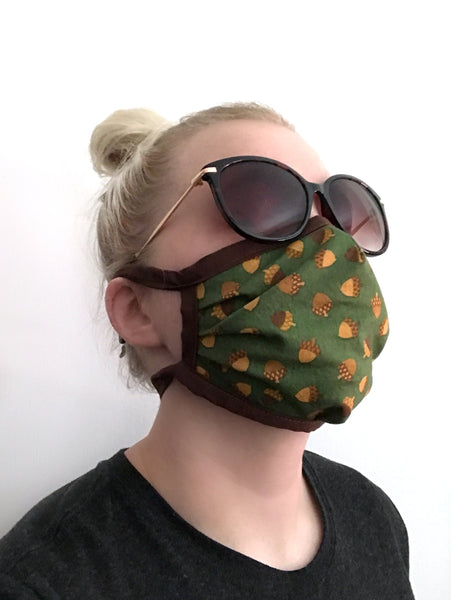 Retro Print Face Mask