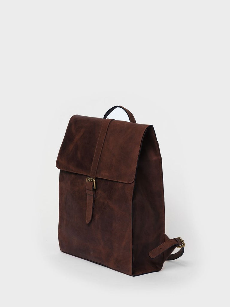 This is Park Backpack RS04 Darkbrown