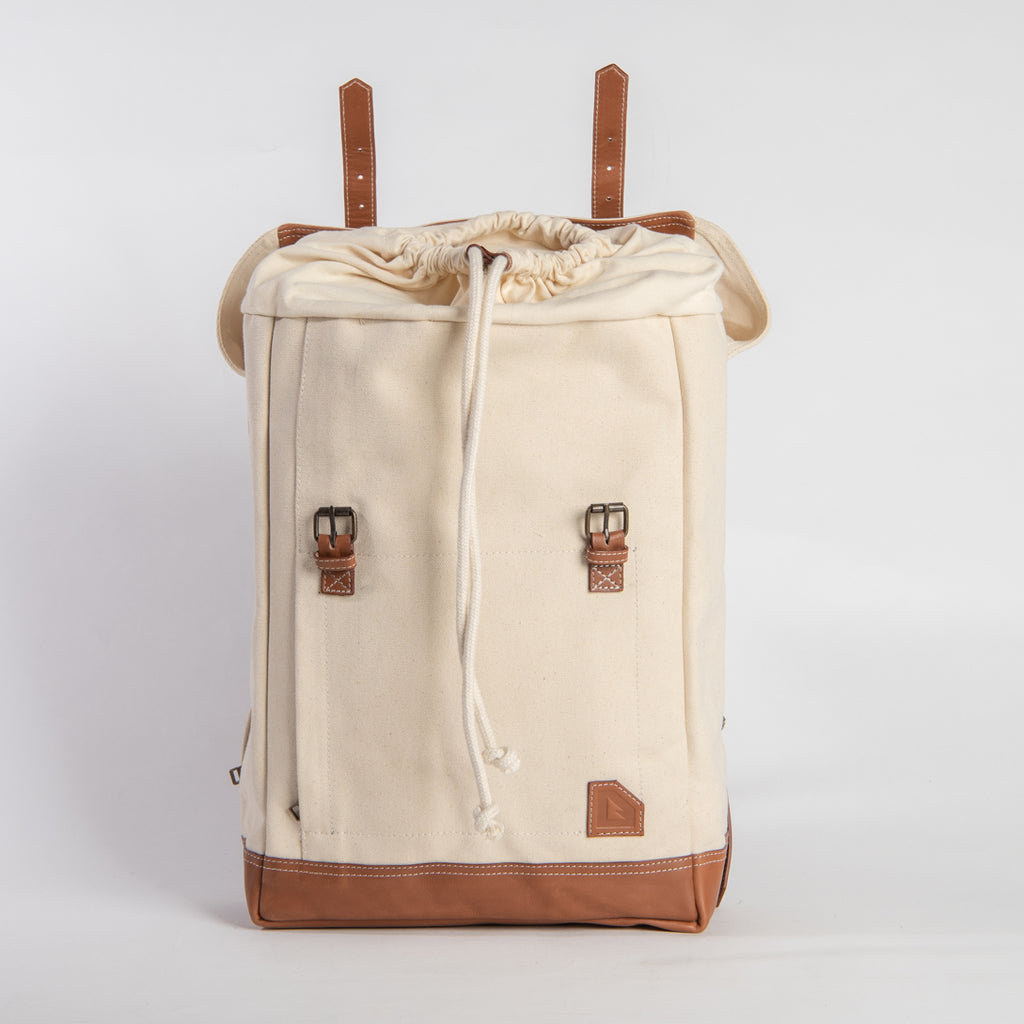 Arniko Backpack Classic Side Zipper Off White