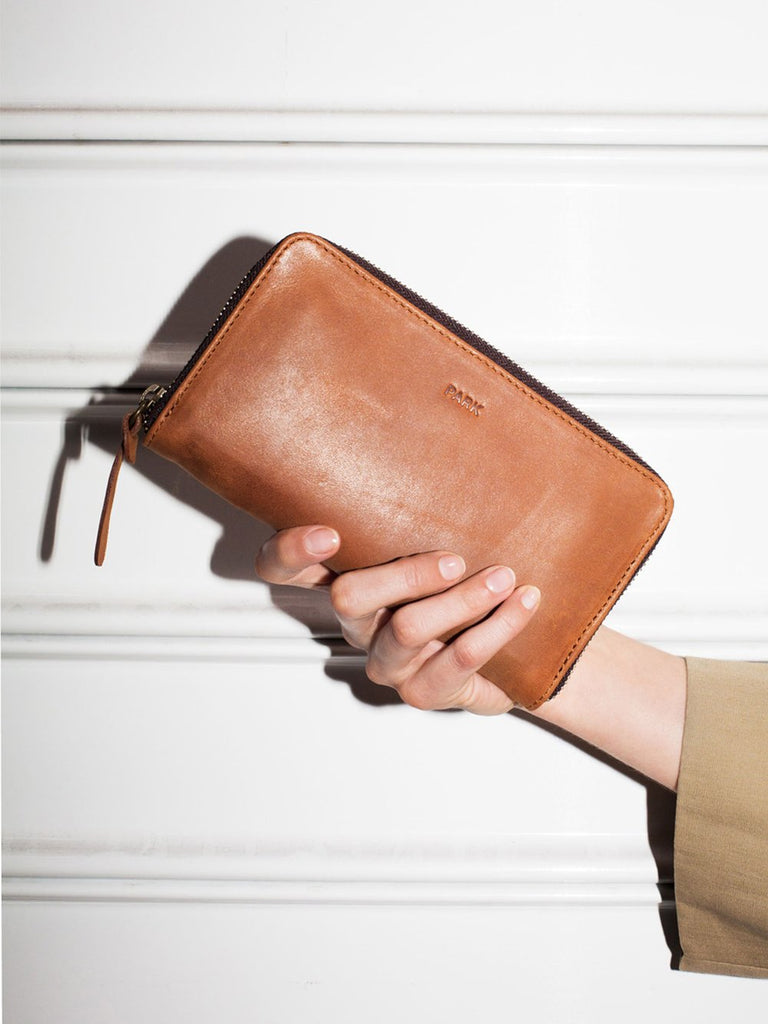 This is Park Wallet WL04 Brown
