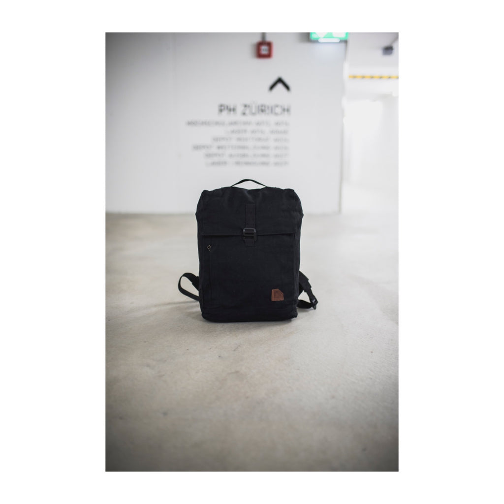 Arniko Backpack Classic Hook Black/Black