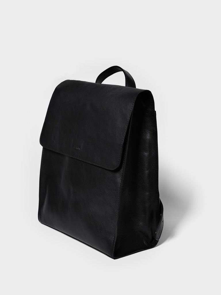 This is Park Backpack RS05 Black