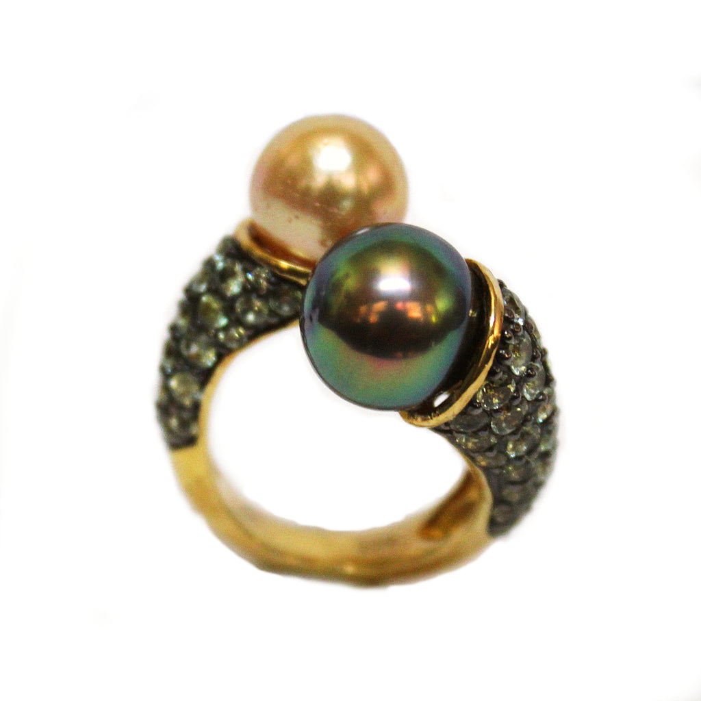 Stunning Green Sapphire Golden Pearl & Grey Pearl Twist Ring