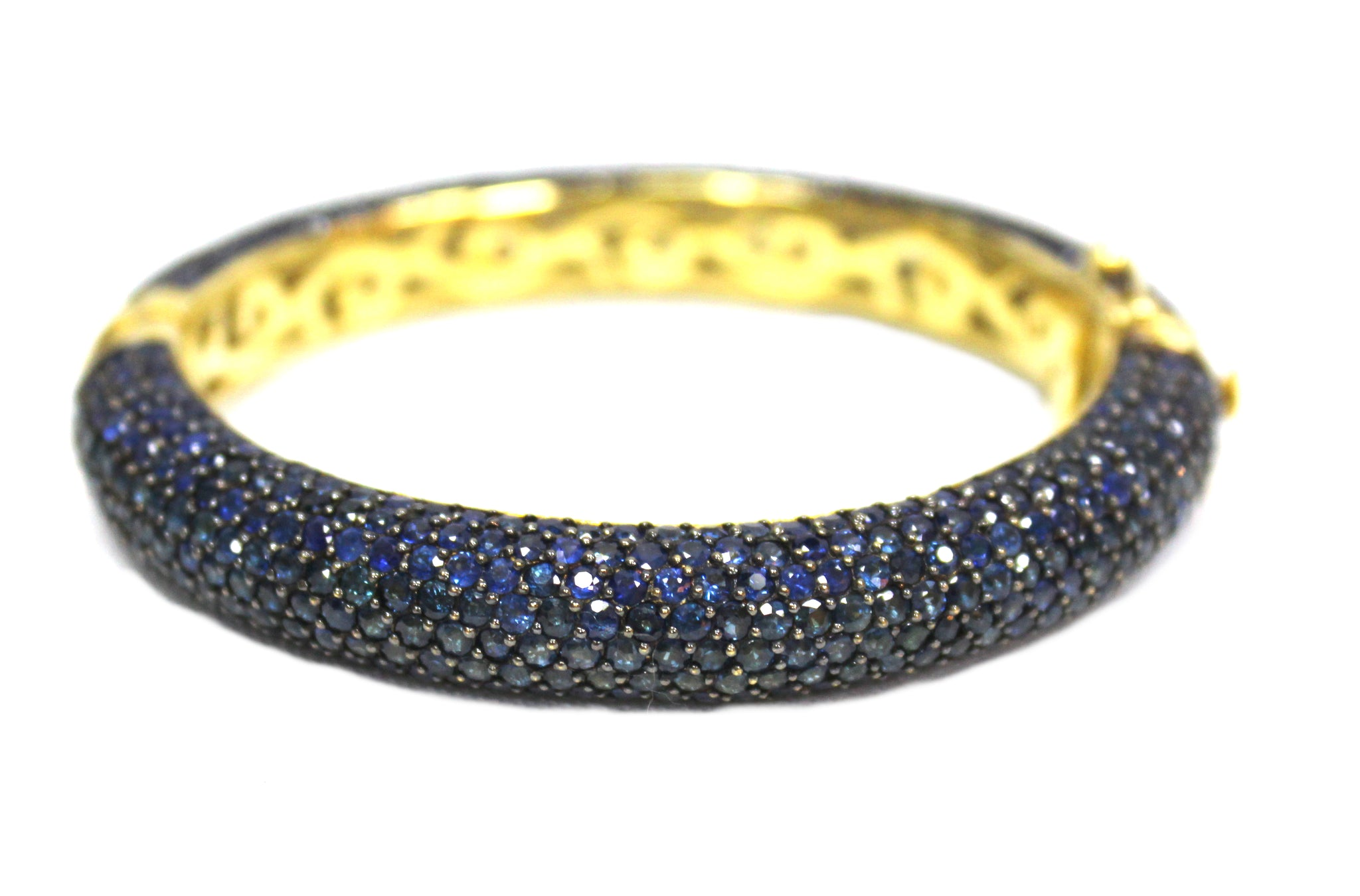 Ceylon Cornflower Blue Sapphire Bangle Bracelet