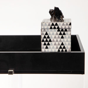 LACQUER BLACK PYRAMID BOX