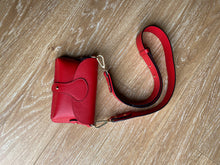 Load image into Gallery viewer, Red chunky strap crossbody bag