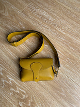 Load image into Gallery viewer, Mustard Chunky Strap Crossbody Bag