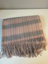 Load image into Gallery viewer, Pink and Grey Cosy Scarf