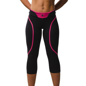 ZAAZEE Eszter 3/4 Capri Gym Legging Jet Black / Hot Pink