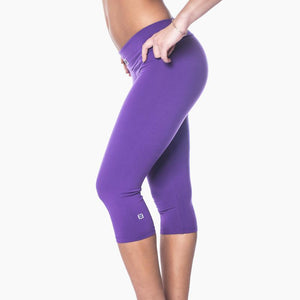 ZAAZEE Zavia 3/4 Capri Gym Legging Purple Pout
