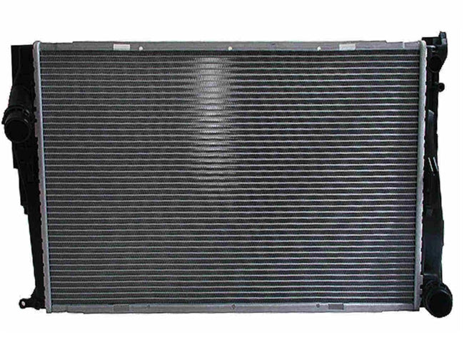BMW 335i,335is,335xi & 335xDrive Radiator W/ Manual Transmission 17117558480 - OEMBimmerParts