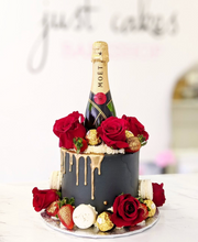 Load image into Gallery viewer, Lux Floral, Berries & Gold Cake