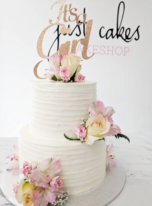 Horizontal Buttercream & Florals/Fixings Cake