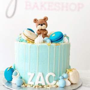 Teddy Bear & Drip Cake