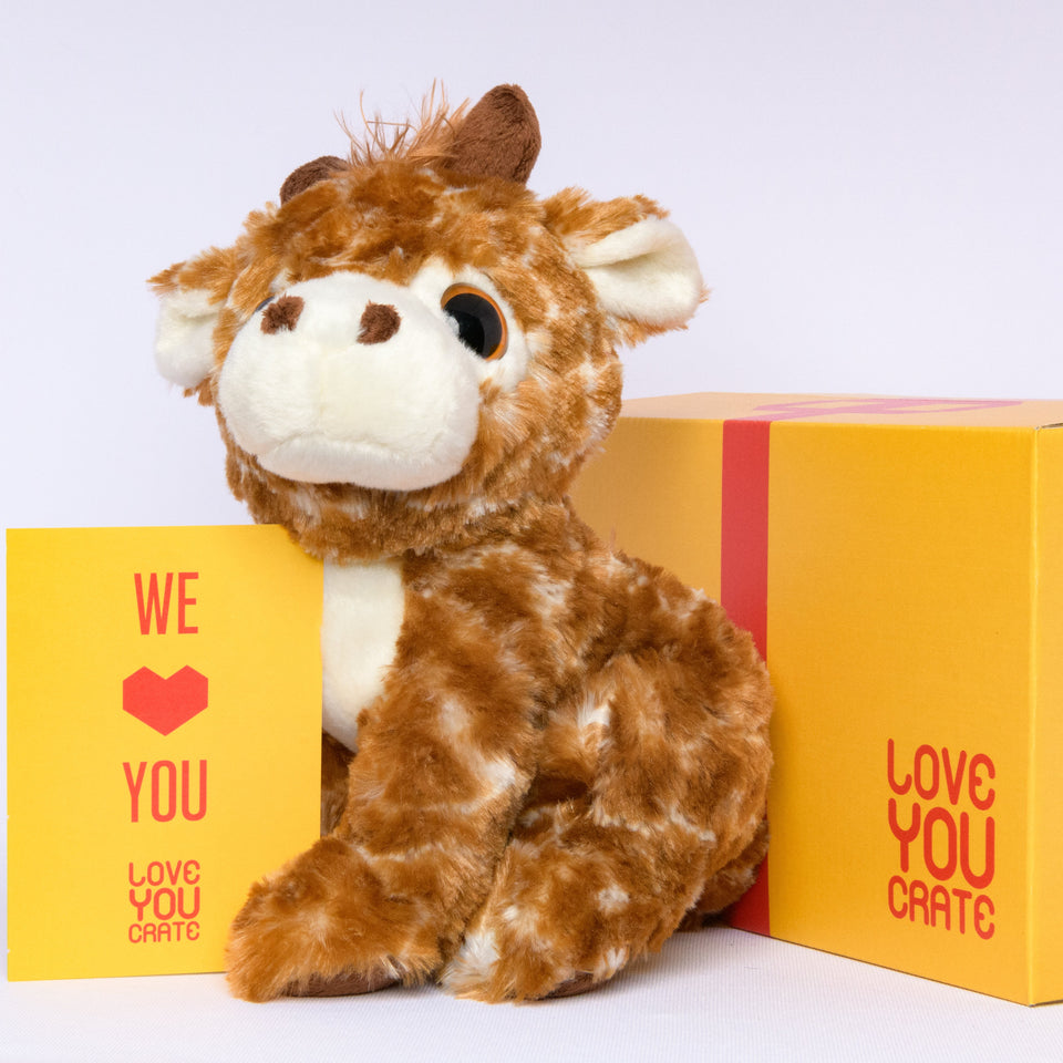Geena the Giraffe - LoveYouCrate