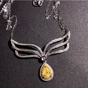 Natural Yellow Diamond 18K Gold Inlaid Clavicle  Chain Beautiful Color Exquisite  Ut Clean Crystals Watery And Transparent