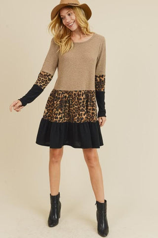 LEOPARD CONTRAST PANEL DRESS WITH A ROUND NECKLINE