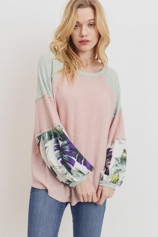 Thermal Contrast Floral Sleeves Top