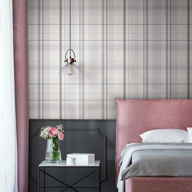 Artful Plaid roomset