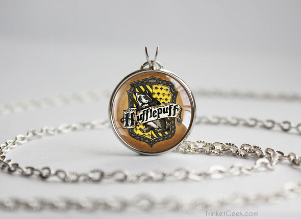 Potter necklace house yellow emblem sigil silver