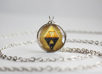 Zelda pendant Triforce Between Shadow